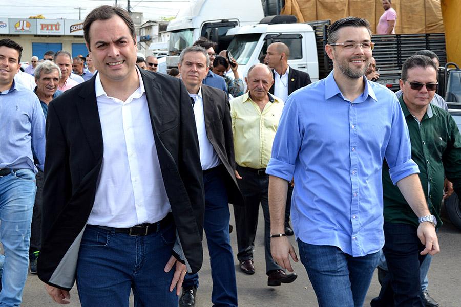 No dia do seu aniversário, Ceasa recebe visita do governador Paulo Câmara