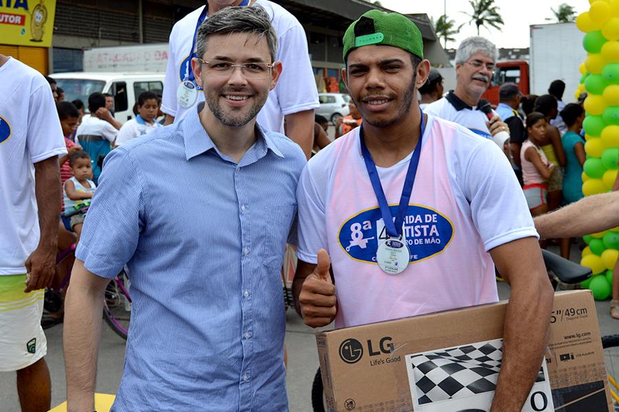 Rafael das Cenouras vence a 8ª edição da corrida dos fretistas