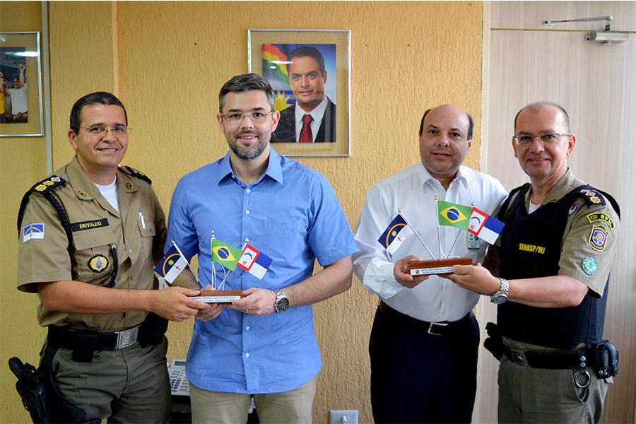 Diretores do Ceasa recebem comandantes da PM