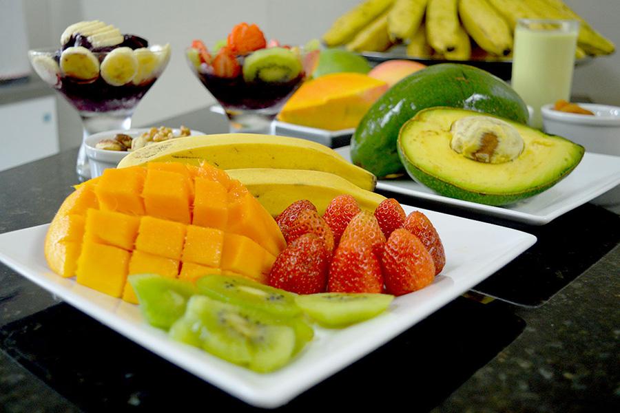 Frutas com alto teor de calorias ajudam na reposição de energia