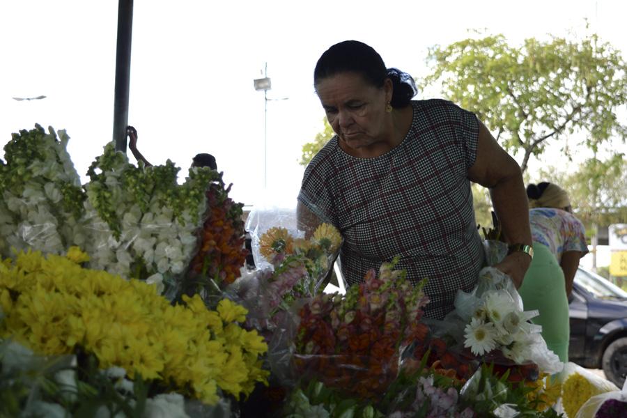 Comerciantes satisfeitos com o resultado da Feira de Flores dos Namorados