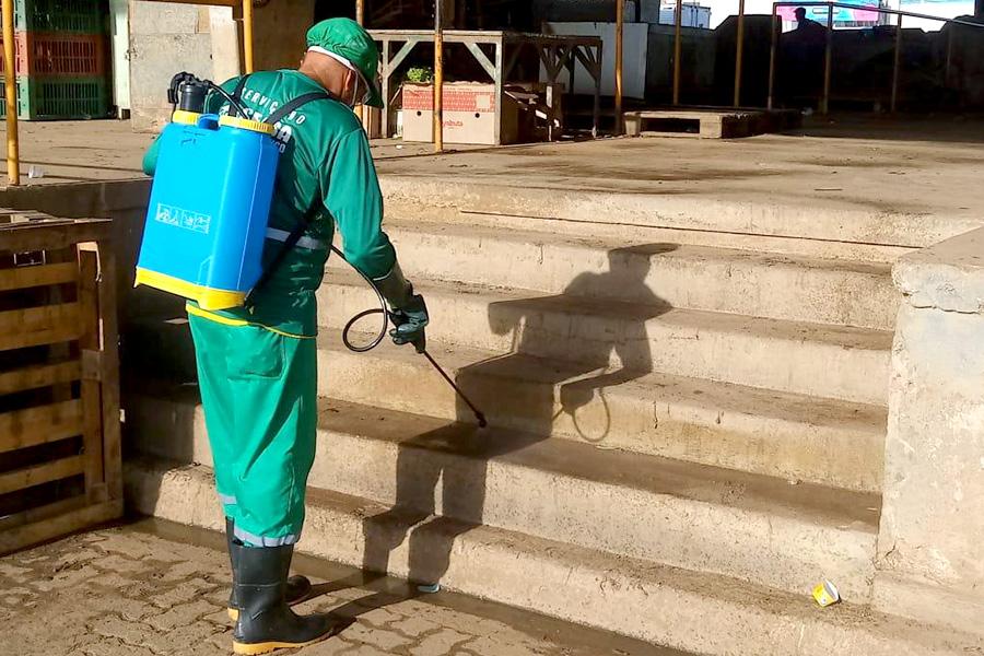 Ceasa realiza limpeza diária em aparelhos internos