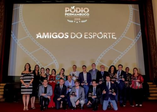 Ceasa recebe troféu de Empresa Amiga do Desporto em evento do Pódio Pernambuco
