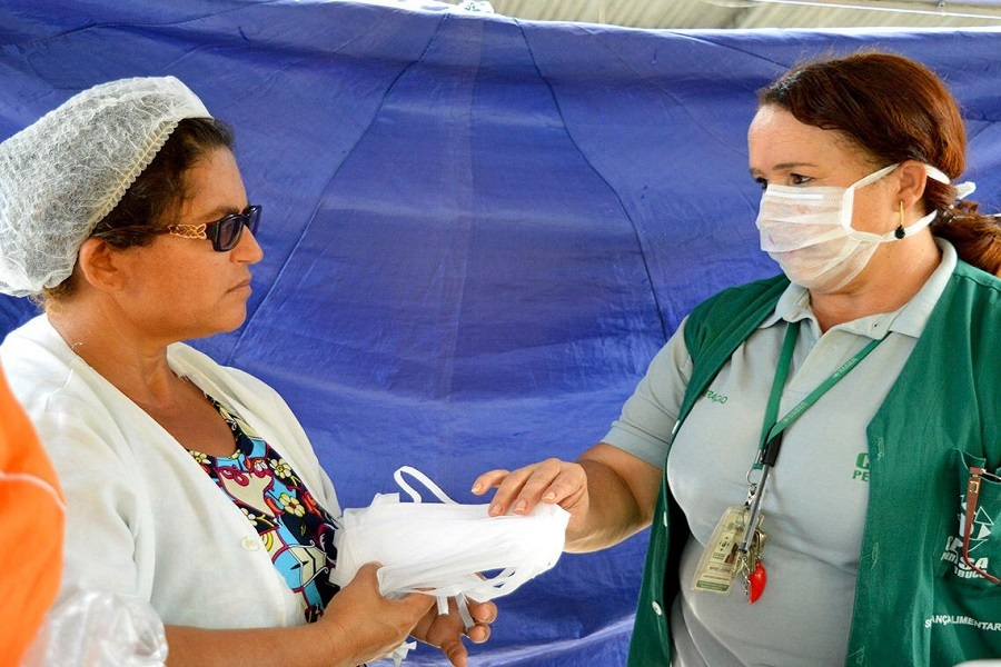 Comerciantes do Pátio do Milho receberão máscaras e protetores faciais