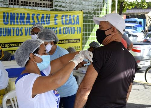 Vacinação no Ceasa segue até a próxima quarta-feira (05)