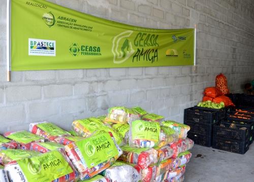 Ceasas arrecadam mais de 350 toneladas de alimentos